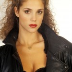 Elizabeth Berkley before plastic surgery