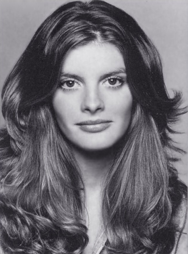 Rene Russo young   Surgery VIP