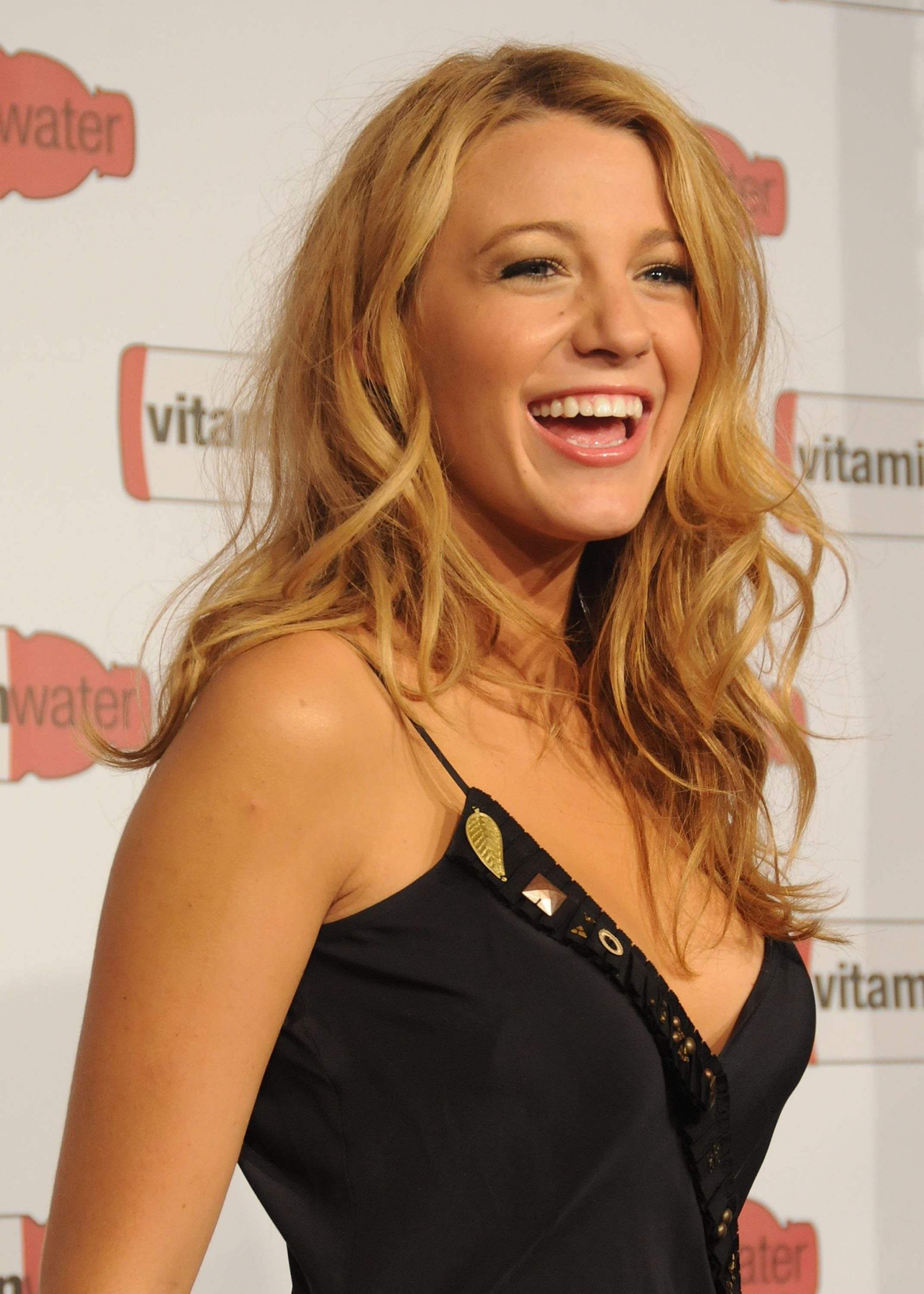 Blake Lively Nose Before And After