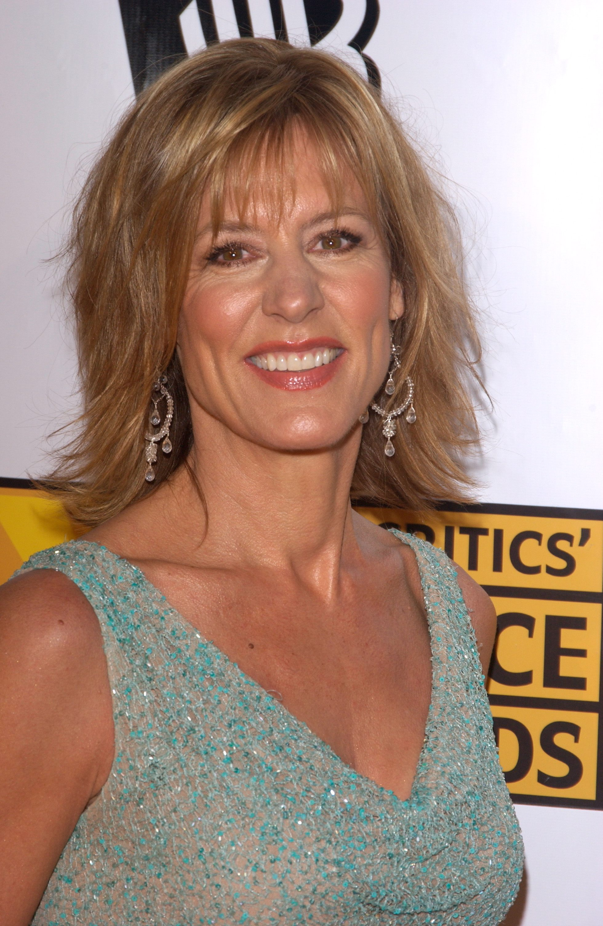 Christine Lahti  - 2018 Light blond hair & chic hair style.