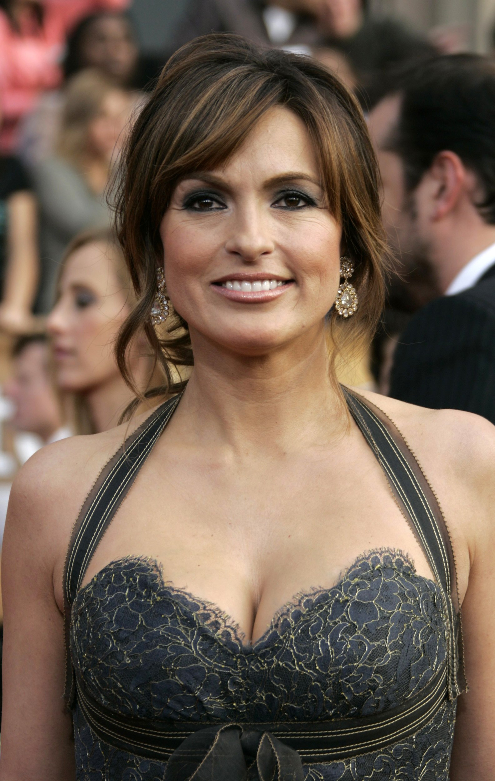 hermann cougar women Find this pin and more on beautiful and sexy cougar law and order olivia benson mom hair benson and stabler hair cut peter hermann many women will not.