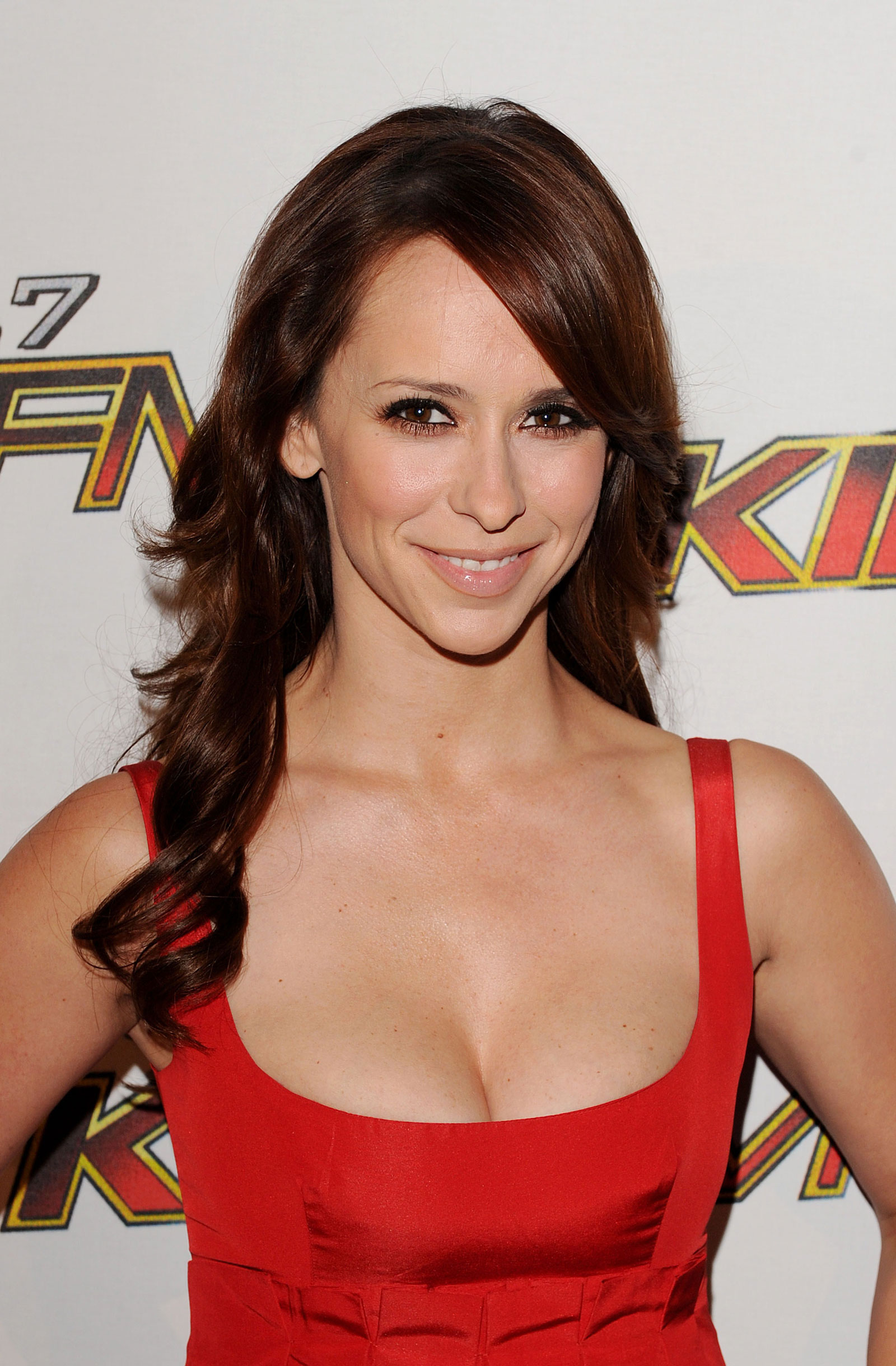 jennifer-love-hewitt-nude-clips