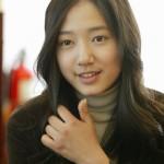 Park Shin-hye Before Eyelid Surgery